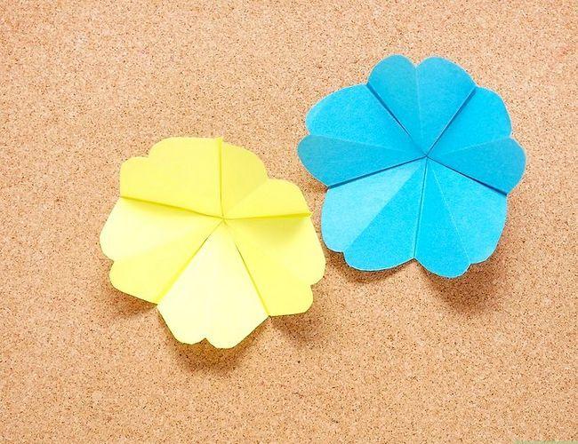 Prent getiteld Make Origami Tropical Flowers Intro