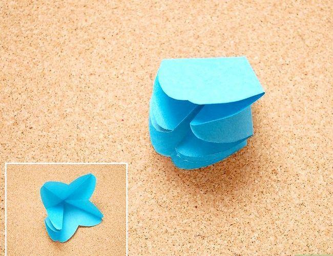 Prent getiteld Maak Origami Tropiese Blomme Stap 10