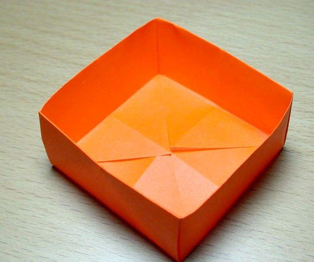 Prent getiteld Paper_box_19