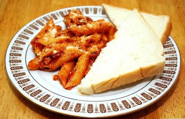 Prent getiteld Maak Penne Pasta Met Arrabiata Saus Inleiding