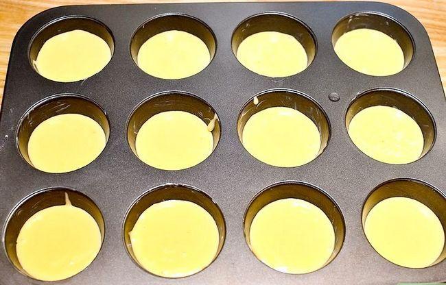 Prent getiteld Maak Sjokolade Chip Koekie Deeg Cupcakes Stap 14
