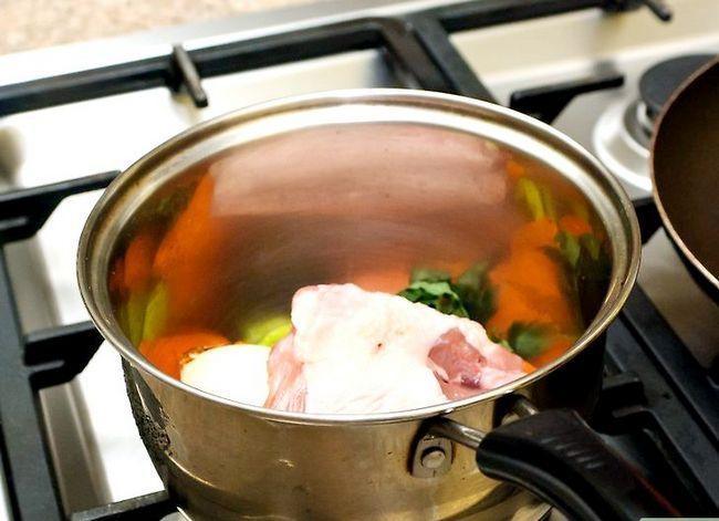 Prent getiteld Maak Kip Noodle Sop Stap 1