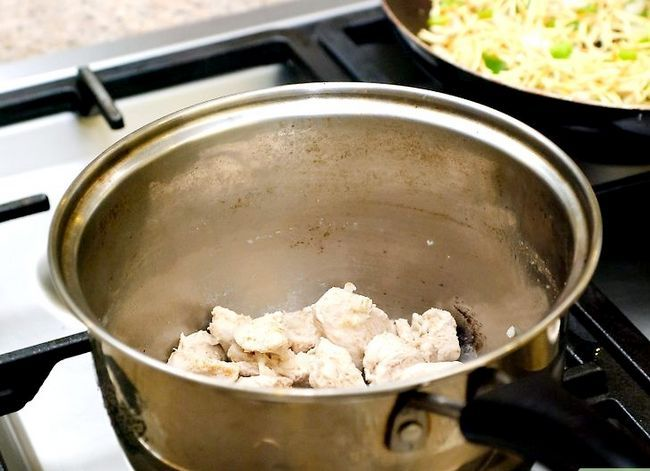 Prent getiteld Maak Hoender Noodle Sop Stap 48