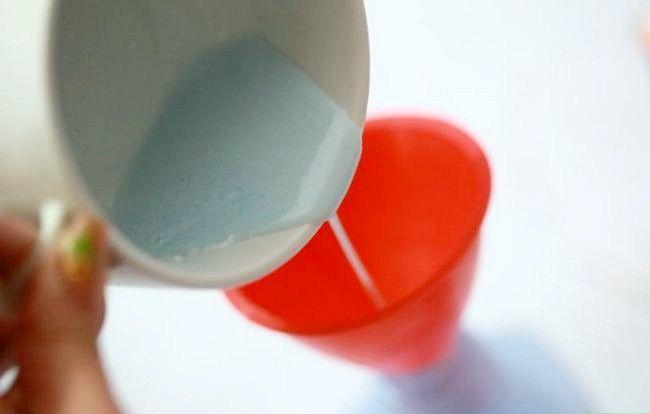 Prent getiteld Maak Tuisgemaakte Febreze Spray Stap 3