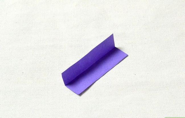 Prent getiteld Maak `n ring uit papier Stap 3