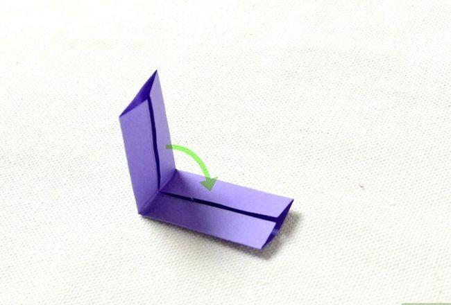Prent getiteld Maak `n ring uit papier Stap 5
