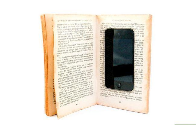 Prent getiteld Maak `n iPod-geval uit `n boek-inleiding