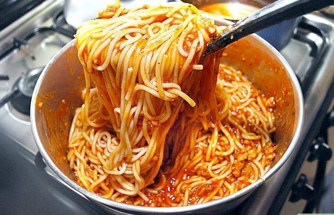 Prent getiteld Maak `n vinnige Italiaanse Spaghetti Stap 9