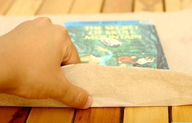 Prentjie met die titel PaperBagCover Stap 4