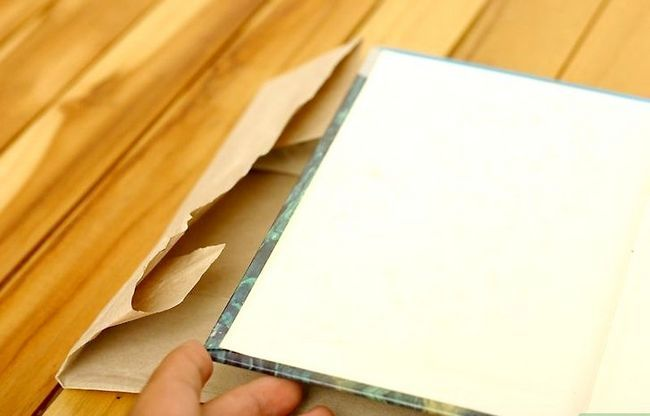 Prentjie met die titel PaperBagCover Stap 9
