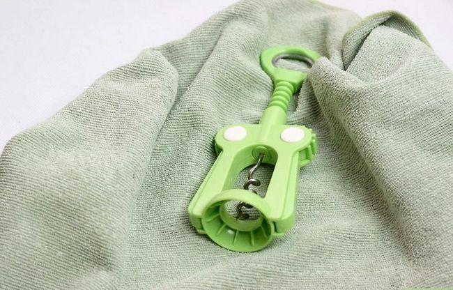 Prent getiteld Maak `n mengsel om Plastic Stap 15 skoon te maak