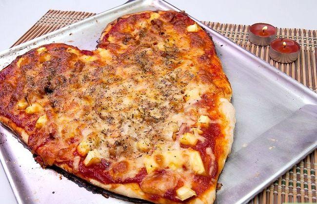 Prent getiteld Maak `n Heart Shaped Pizza Intro