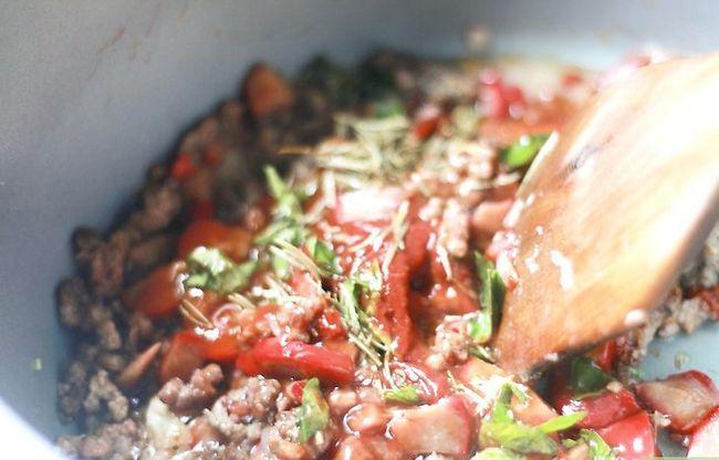 Prent getiteld Maak Tuisgemaakte Spaghetti Sous Stap 20