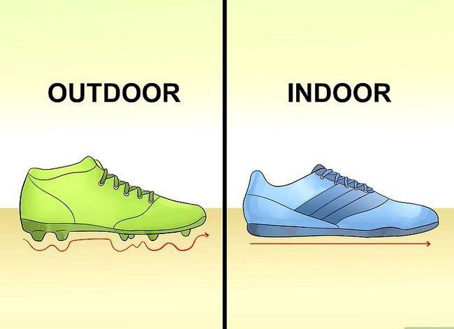 Prent getiteld Play Indoor Soccer Stap 10