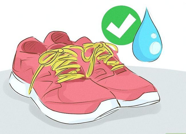 Prent getiteld Was Gym Shoes Stap 4