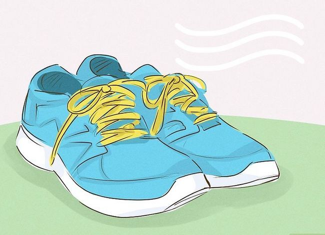 Prent getiteld Was Gym Shoes Stap 7