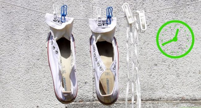 Prent getiteld Was skoene Stap 9