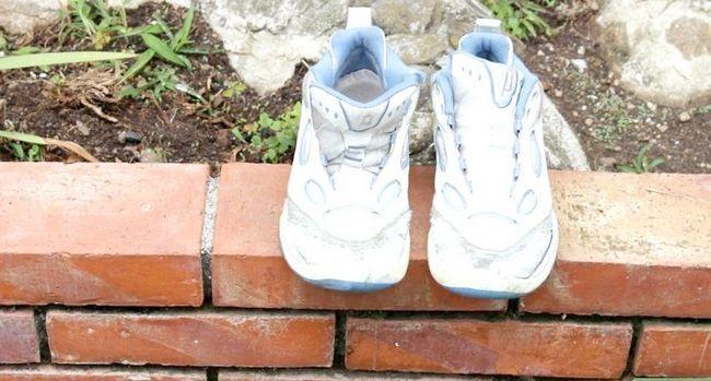 Prent getiteld Was skoene Stap 17