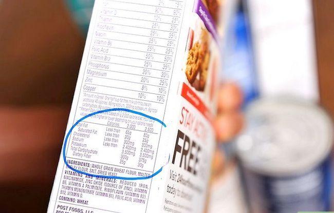 Prent getiteld Lees Voedings Feite op Voedsel Etikette Stap 13