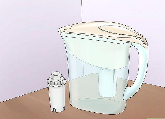 Prent getiteld Clean Tap Water Stap 1