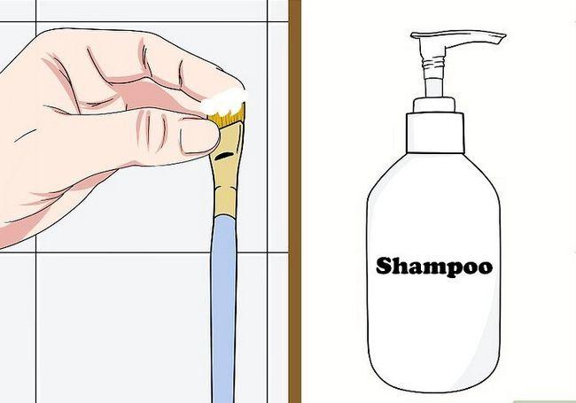 Prent getiteld skoon make-up borsels met Asyn Stap 5