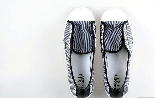 Prent getiteld skoon tennis skoene stap 13