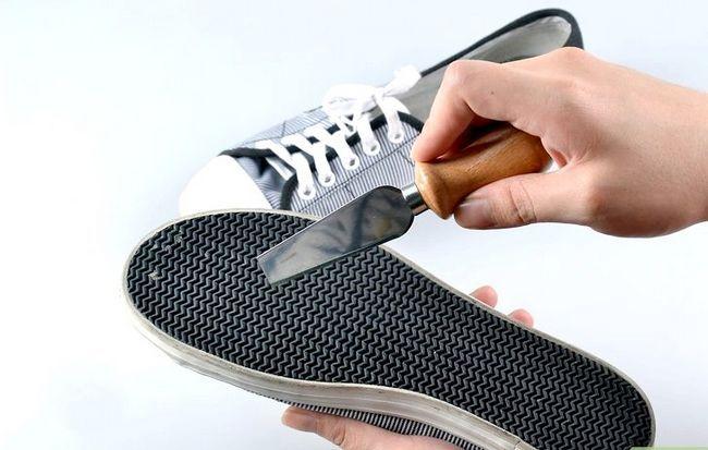 Prent getiteld skoon tennis skoene stap 2