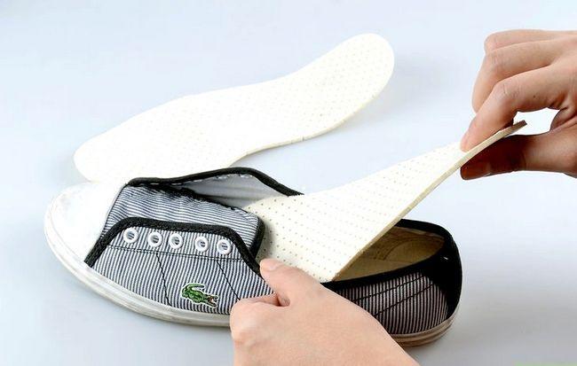 Prent getiteld skoon tennisskoene Stap 4