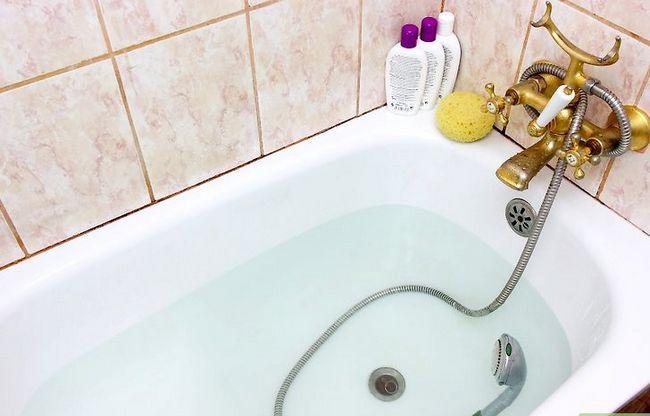 Prent getiteld Reinig `n Shower_Tub die maklike manier Stap 4