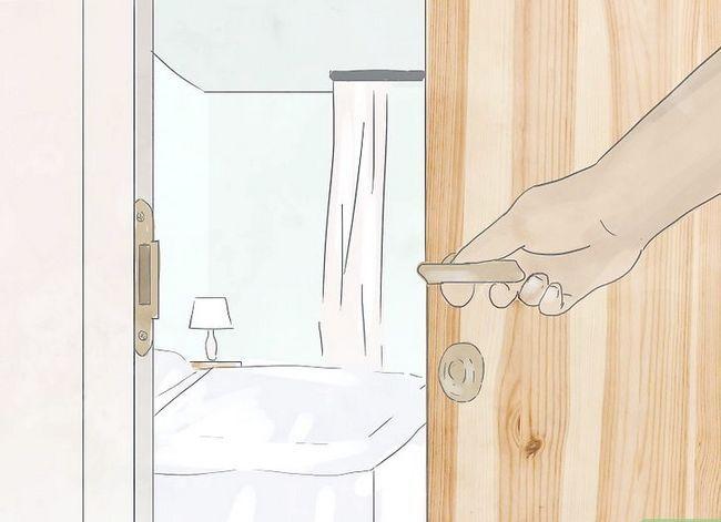 Prent getiteld Hou jou hotel Kamer Veilige Stap 6