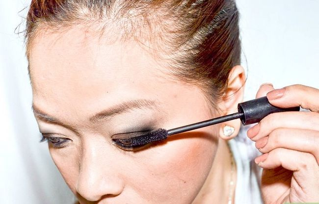 Prent getiteld Doen Make-up Soos Amy Lee van Evanescence Stap 9