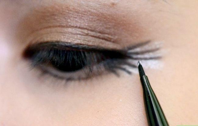 Prent getiteld Doen make-up vir tuiskoms Stap 14