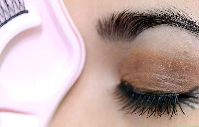 Prent getiteld Doen Make-up vir tuiskoms Stap 17