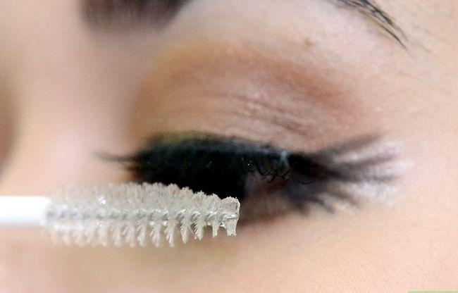 Prent getiteld Doen Make-up vir tuiskoms Stap 19