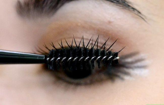 Prent getiteld Doen Make-up vir tuiskoms Stap 21