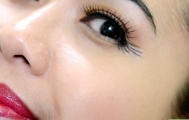 Prent getiteld Doen Make-up vir tuiskoms Stap 25