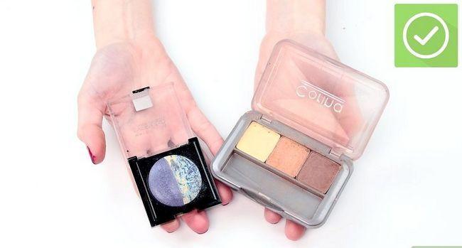 Prent getiteld Doen Make-up vir foto`s Stap 11