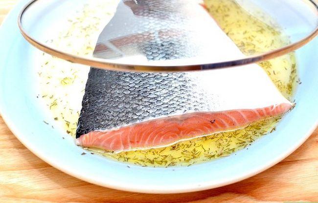 Prent getiteld Marinate Salmon Step 6