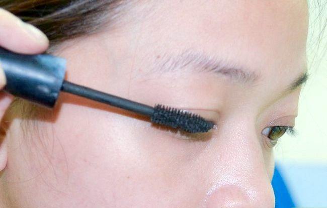 Prent getiteld Sit op Ligte make-up (vir tieners) Stap 7