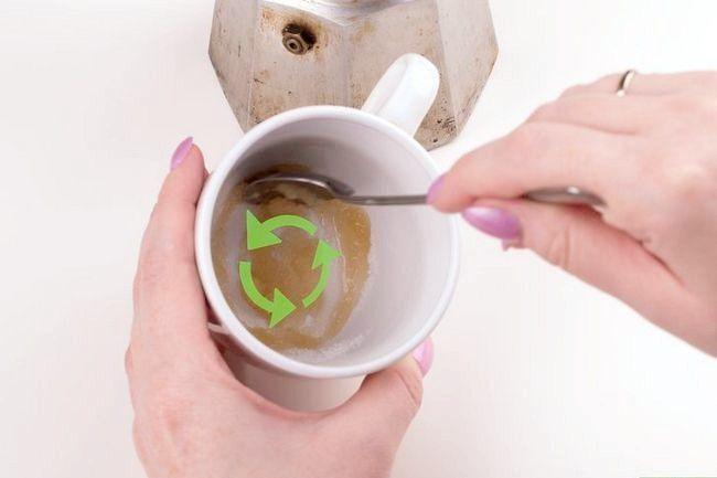 Prent getiteld Maak Kubaanse koffie Stap 6
