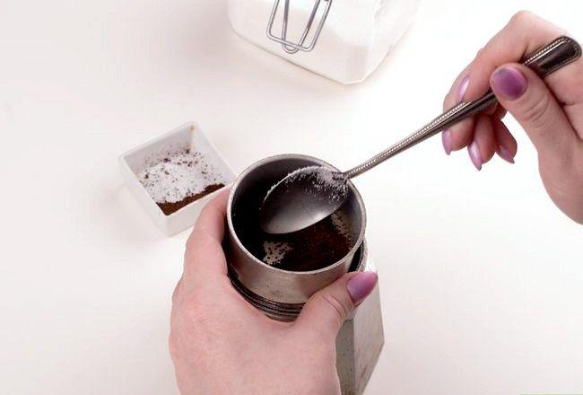 Prent getiteld Maak Kubaanse Koffie Stap 10