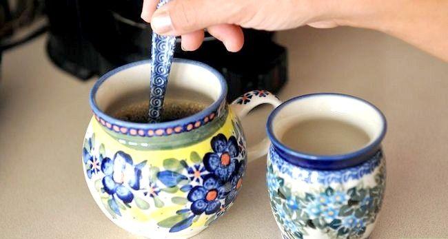Prent getiteld Berei Filter Koffie Stap 7