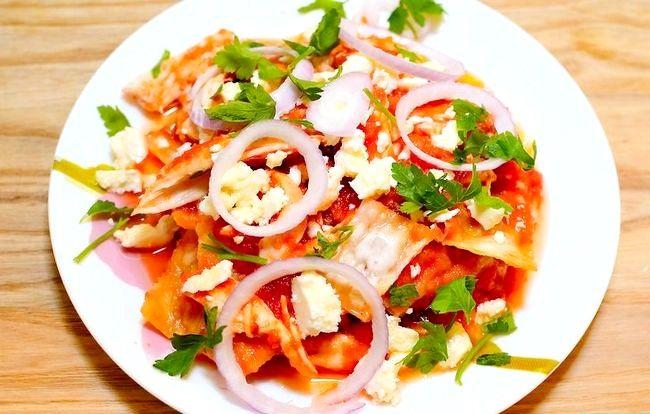 Prent getiteld Meksikaanse Chilaquiles Stap 7