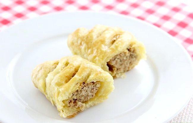 Prent getiteld Make Sausage Rolls Intro