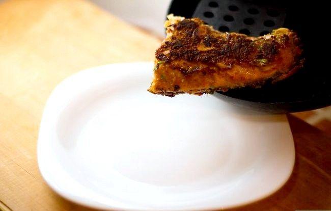 Prent getiteld Make Almond Crusted Salmon Step 4Bullet1