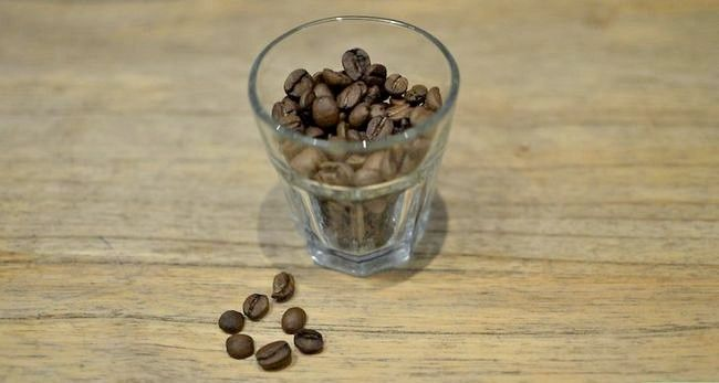 Prent getiteld Maak `n Ristretto (Espresso Koffie) Stap 1