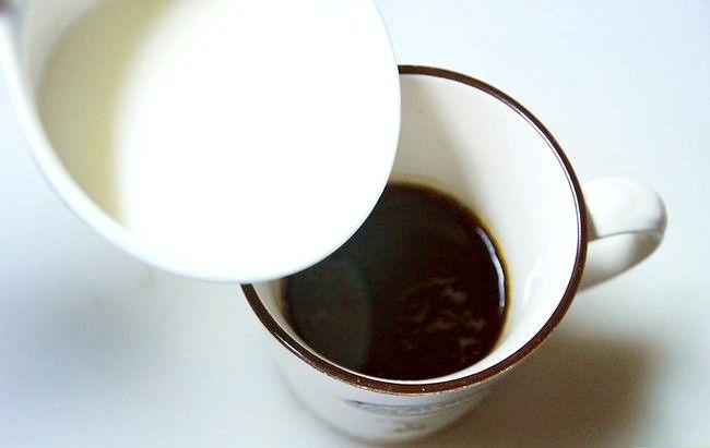 Prent getiteld Maak `n mokka koffie drink Stap 5