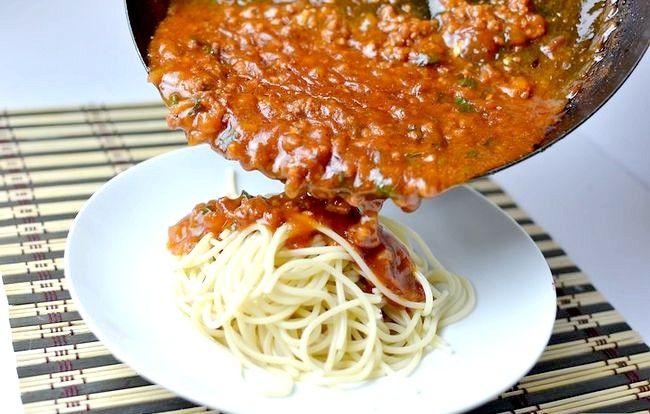 Prent getiteld Maak Vinnige Spaghetti Sous Met Beef Stap 6