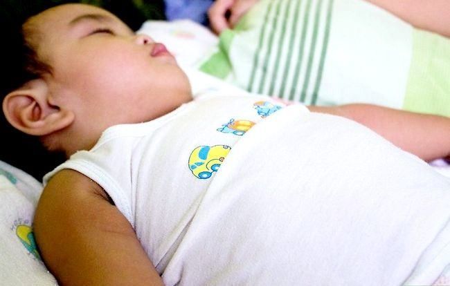 Prent getiteld Voorkom Baby Dehidrasie Stap 3