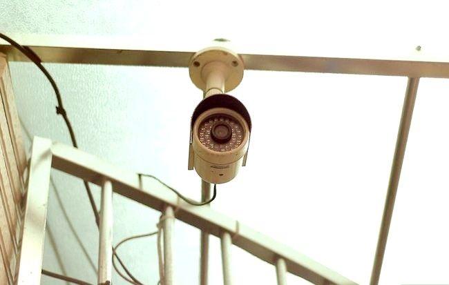 Prent getiteld Voorkom residensiële inbraak Stap 9
